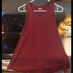 Women's New Burgundy Tank Top Size S